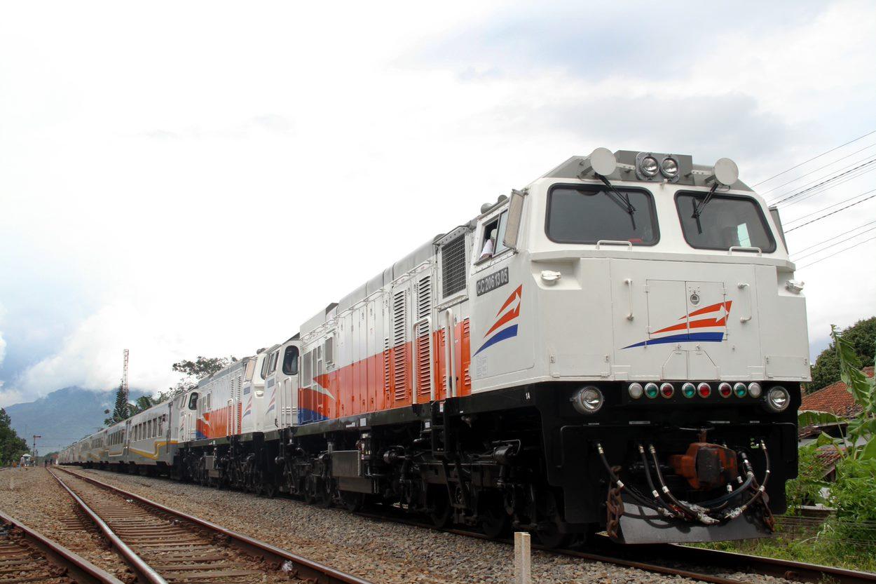 Operator Pt Kereta Api Indonesia Kai Easybook Id